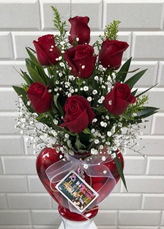 Alanya Çiçek Kalp Vazoda 7 Kırmızı Gül