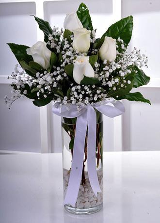 Alanya Çiçek Vazoda 5 Beyaz Gül