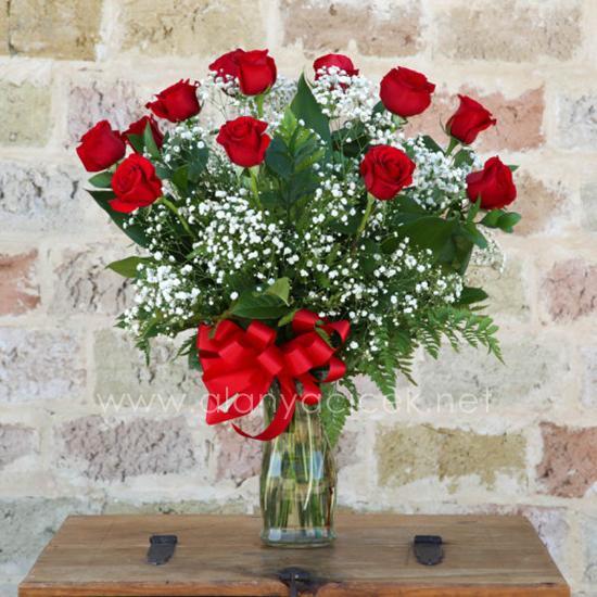 alanya Çiçek 13 Kırmızı GÜL Vazoda