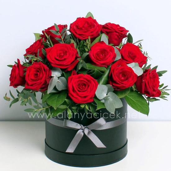 alanya Çiçek 15 Roses in Box