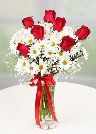 Alanya Çiçek Vazoda Papatya ve Güller