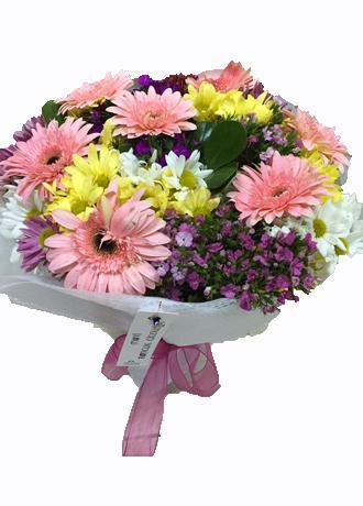 alanya Çiçek Renkli Kır Çiçekleri Buketi