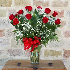 kalp vazoda 7 kırmızı gül 13 Kırmızı GÜL Vazoda
